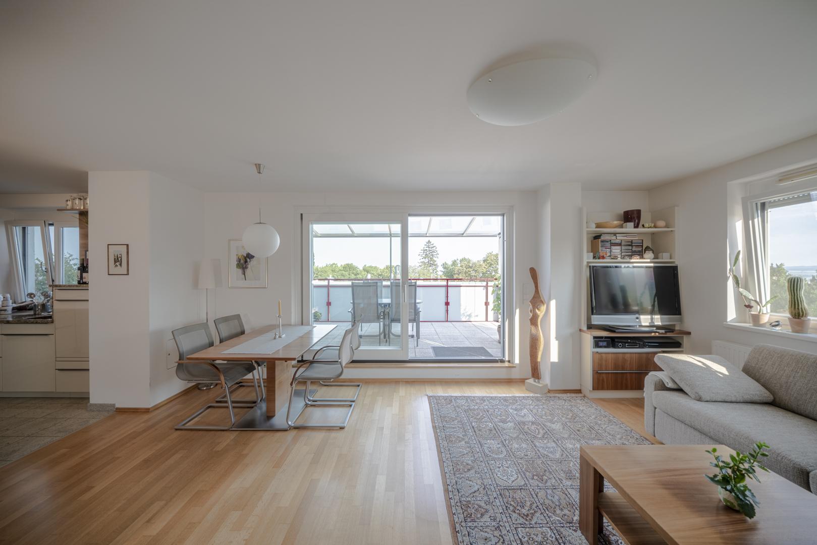 Immobilienfotografie Wohnung Innenaufnahme von Fotograf Michael Pinzolits